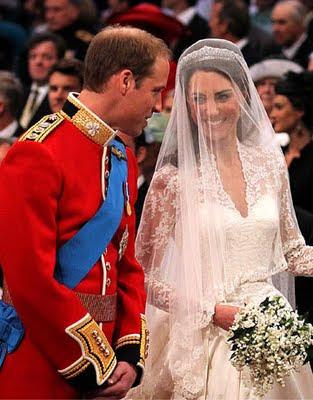 royal-wedding-kate-william-altar