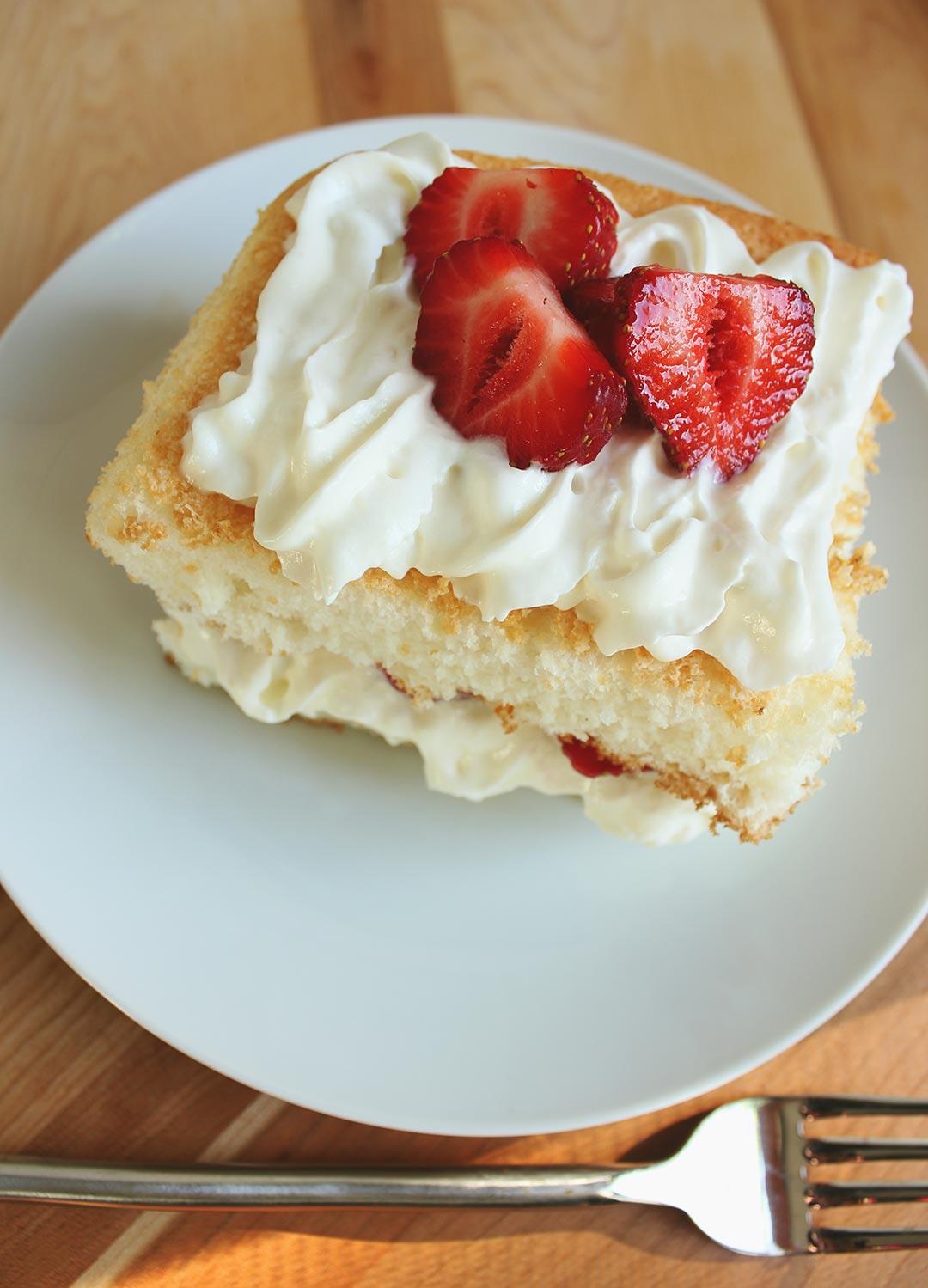 Angel-Strawberry-Cake