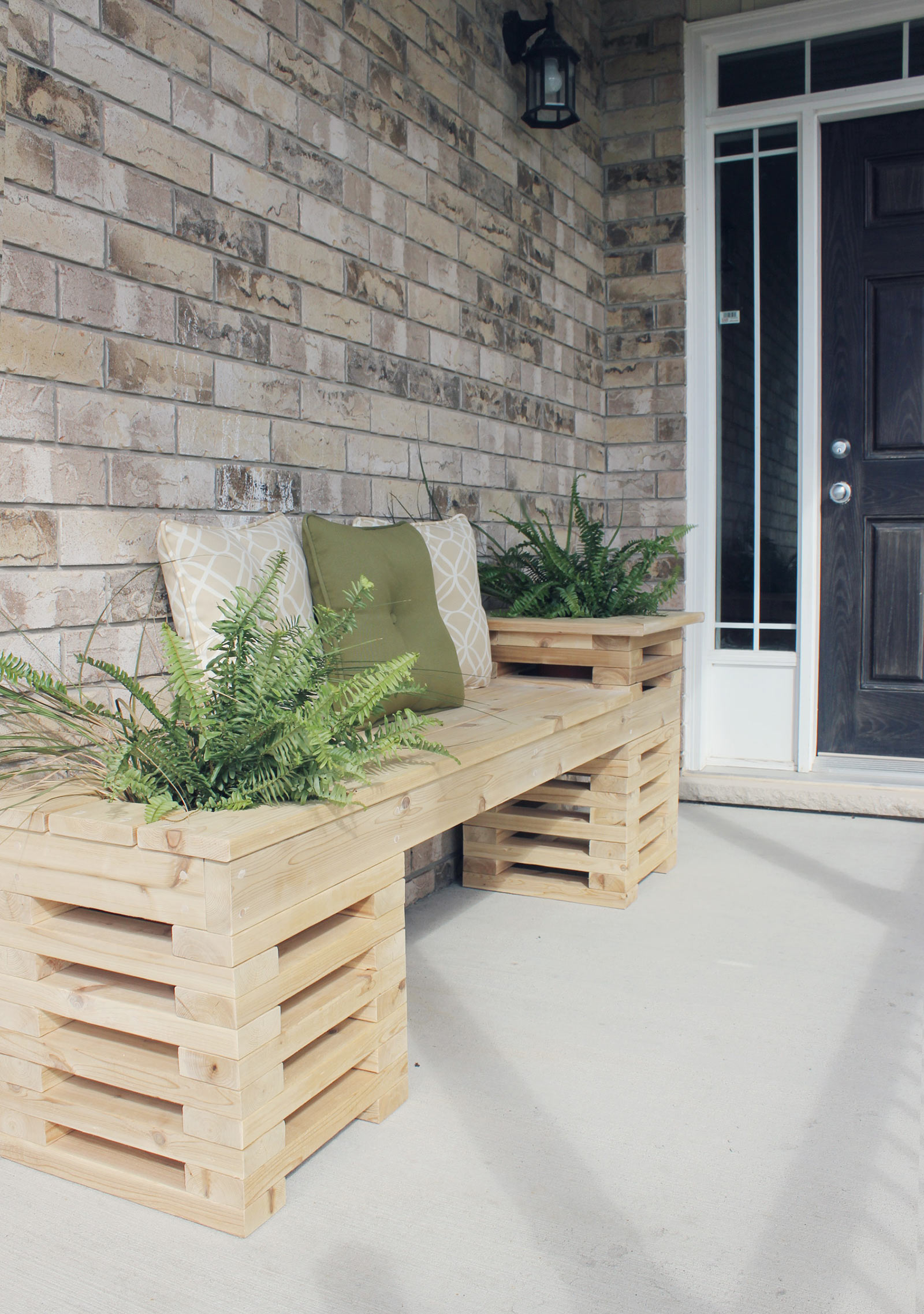 Summer diy challenge with the home depot the build brittany stager cedar bench finished3 solutioingenieria Choice Image