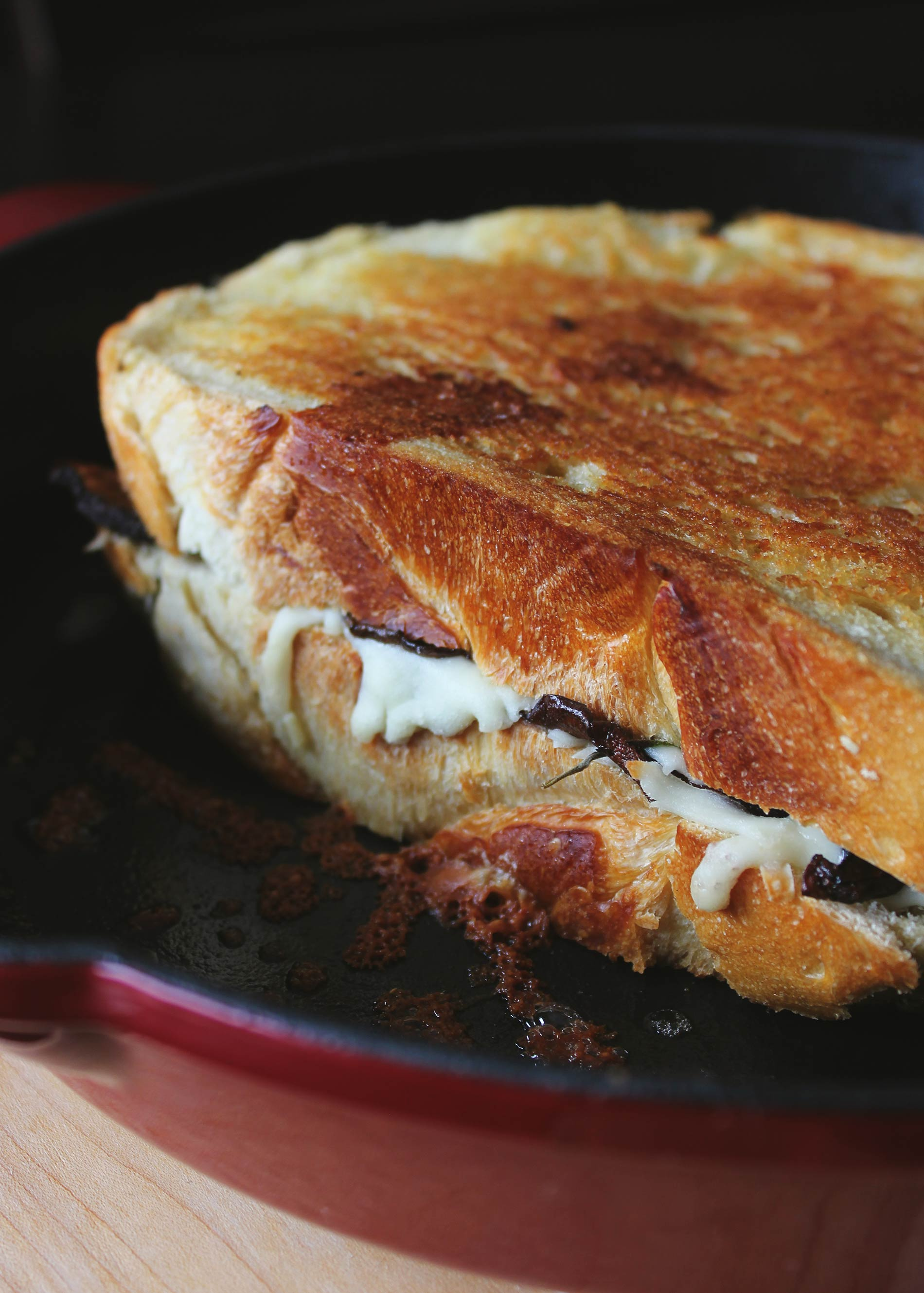 Mozzarella Grilled Cheese with Balsamic Roasted Mushrooms