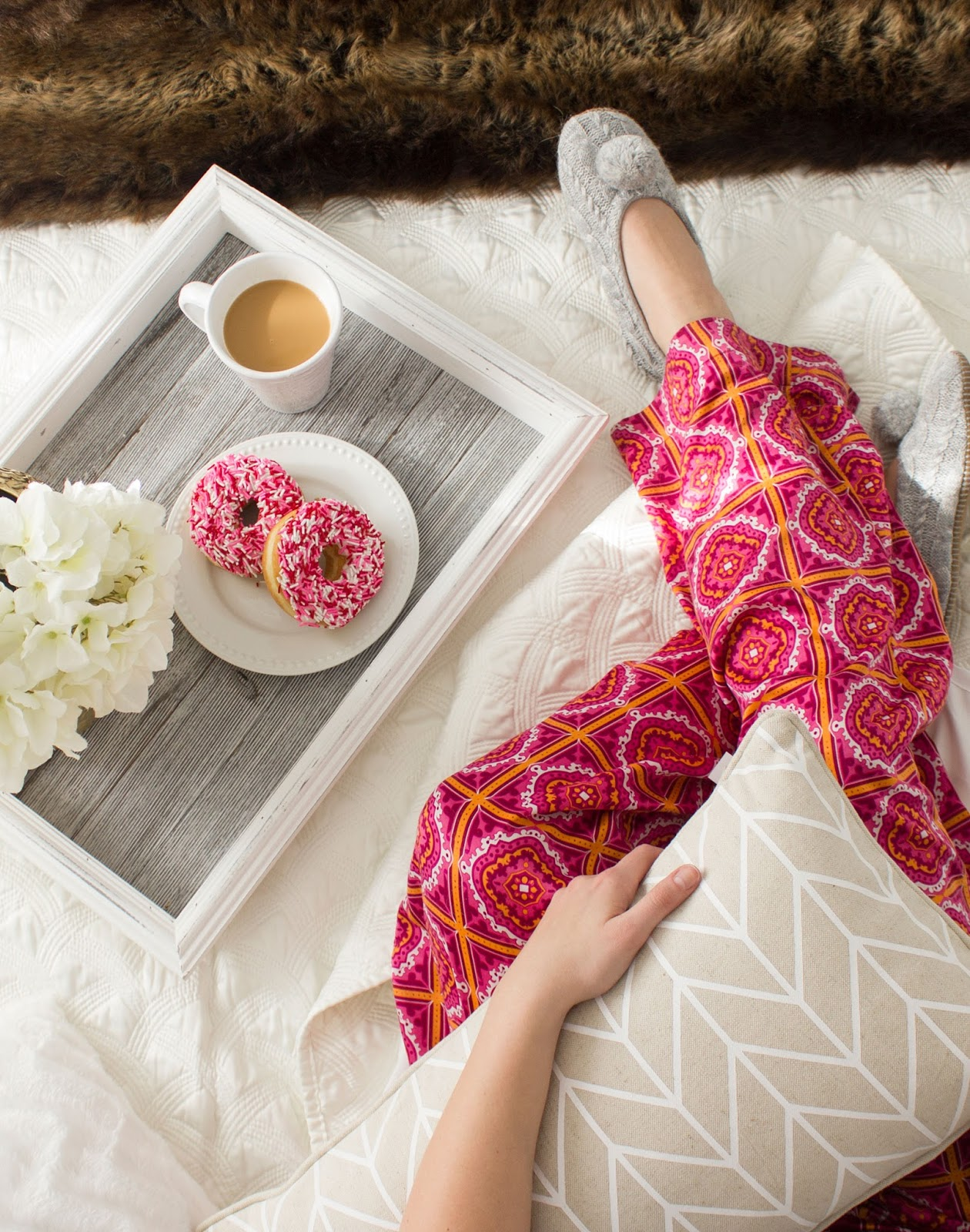 Urban-Barn-Donuts-in-bed