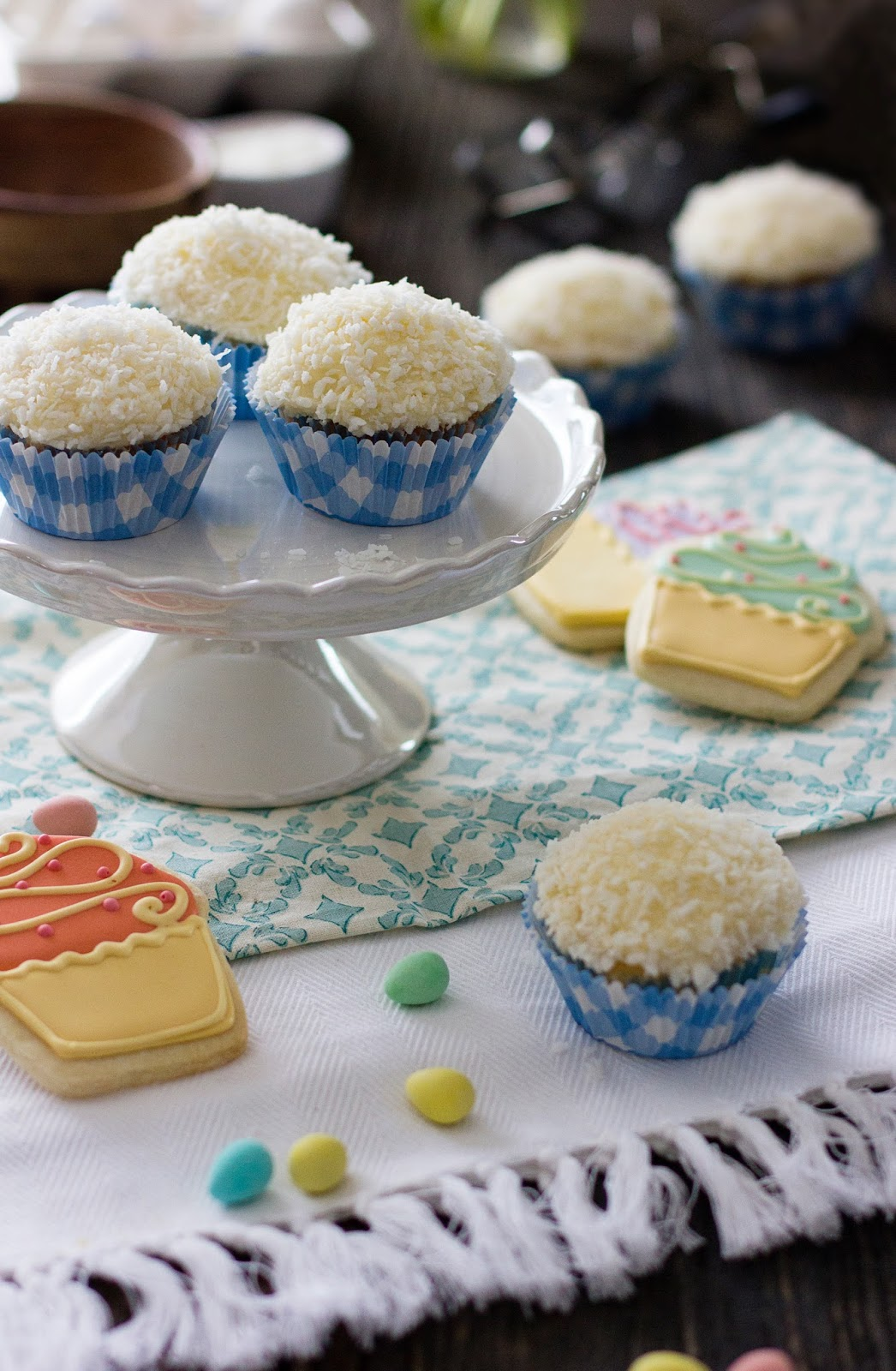 Vanillia-Bunny-Tail-Coconut-Cupcakes