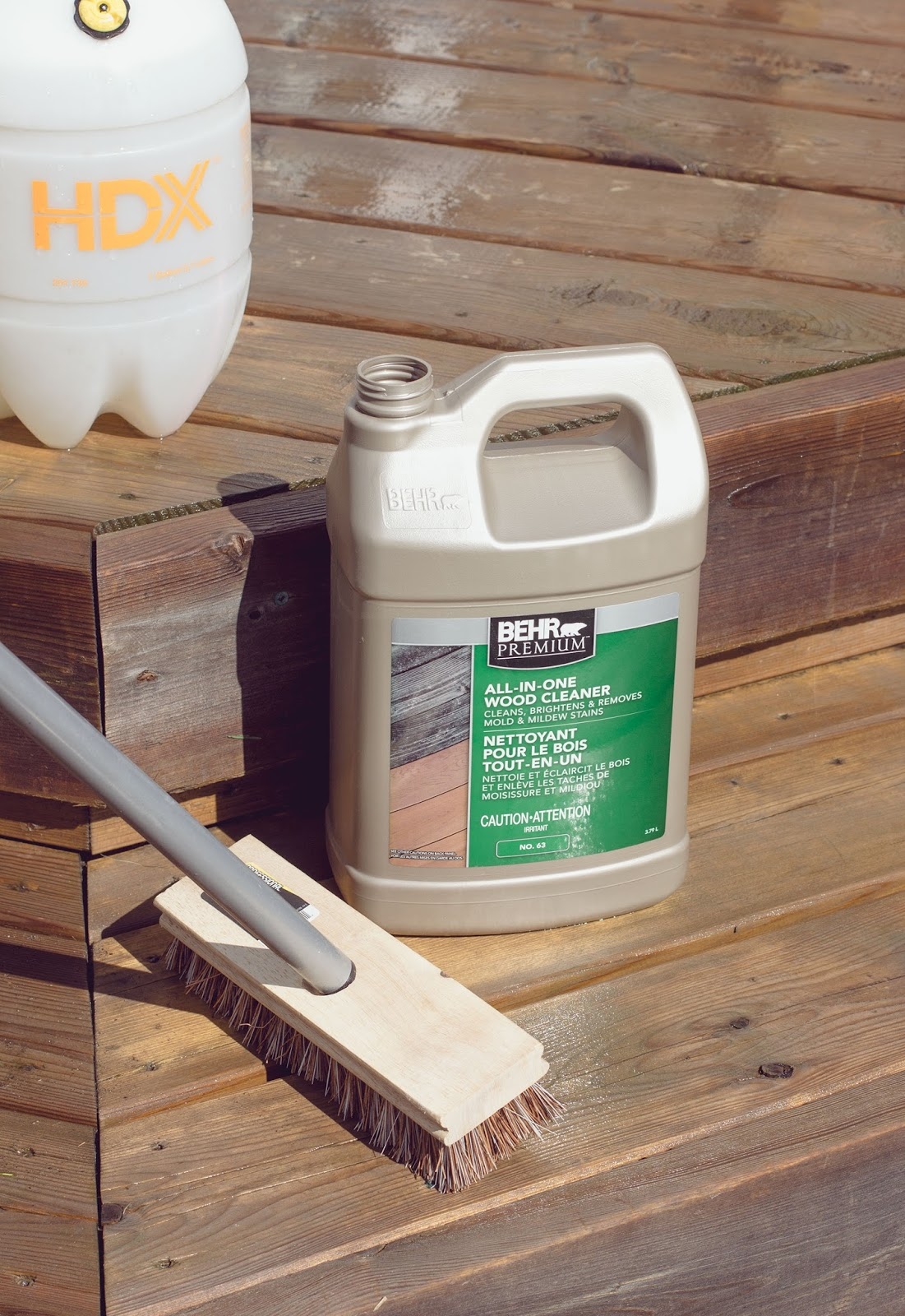 Behr-All-in-One-Deck-Cleaner