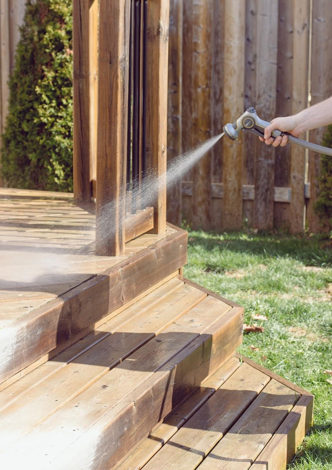 Spray-Deck-Prep-for-Cleaner
