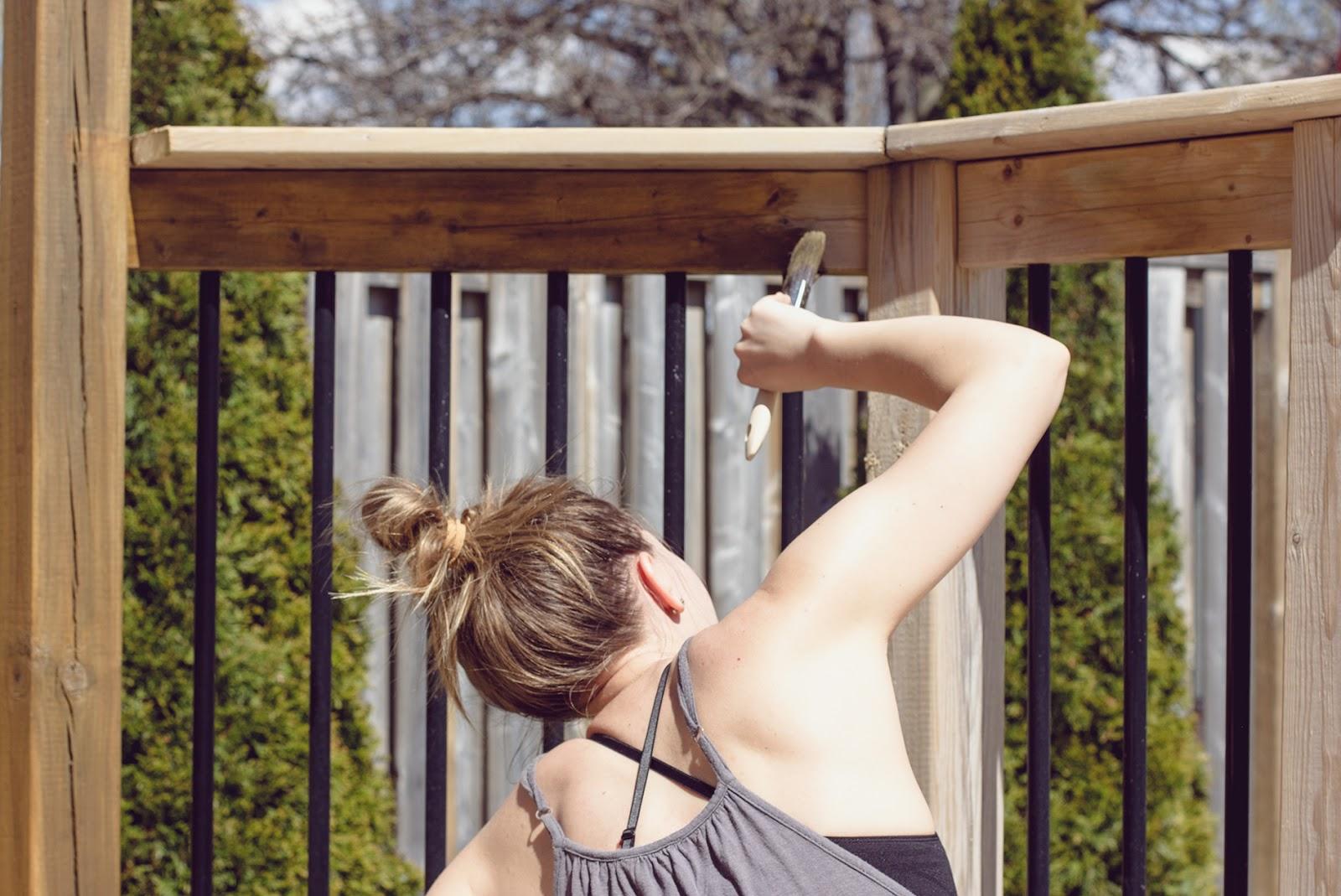 Staining-Deck-Behr-Premium