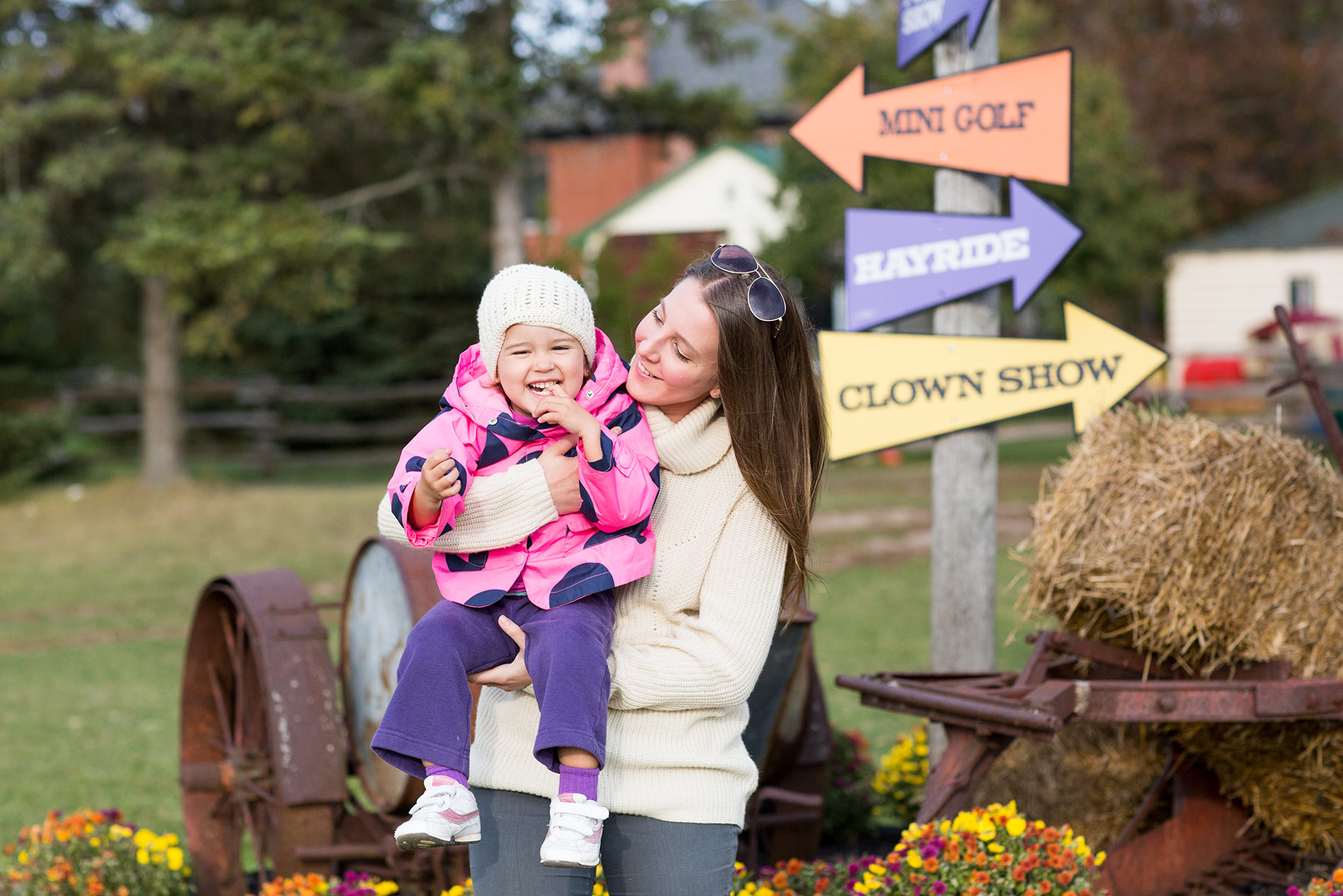 Ava-Pumpkin-Patch-Synders-Farm