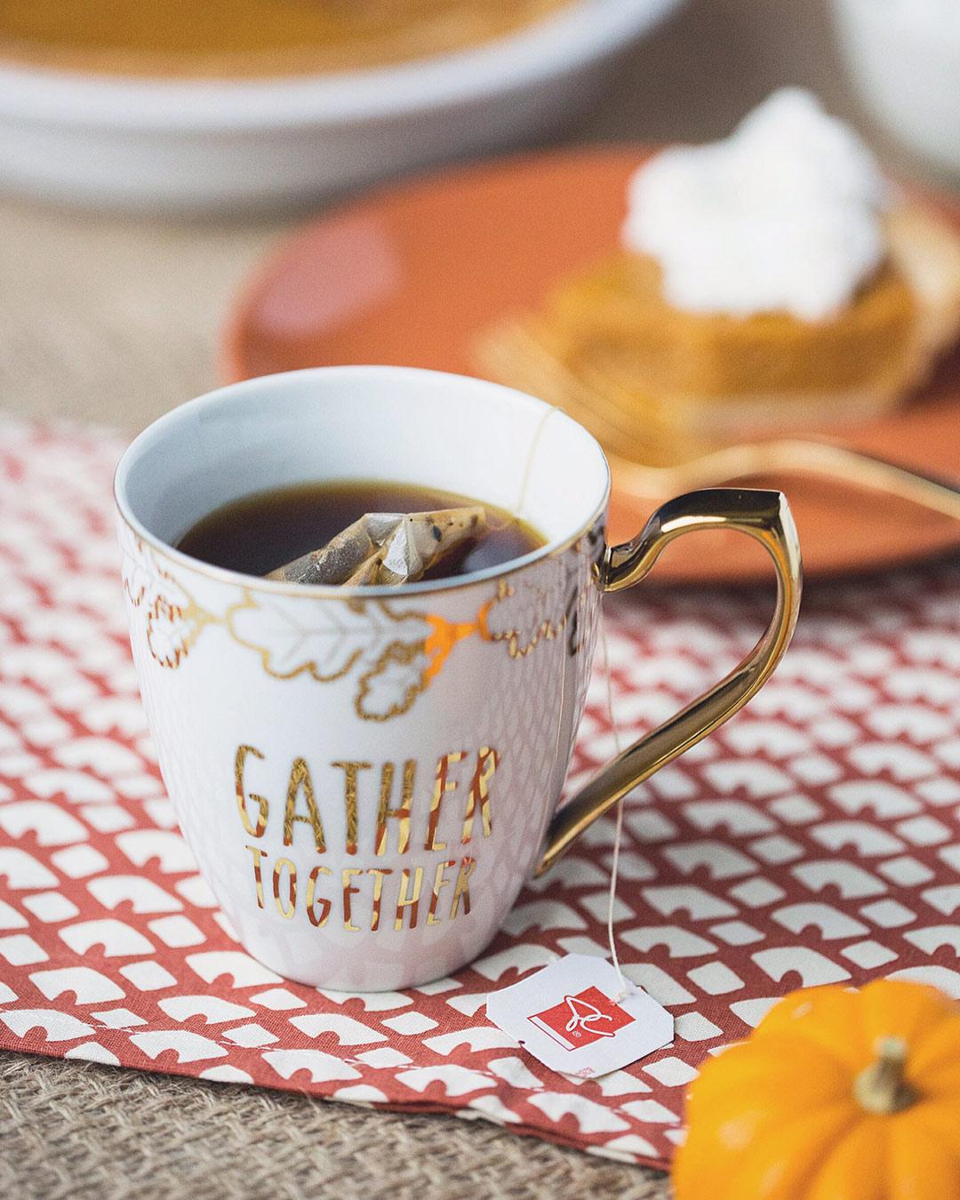 Hot-Chai-Tea-Pumpkin-Pie