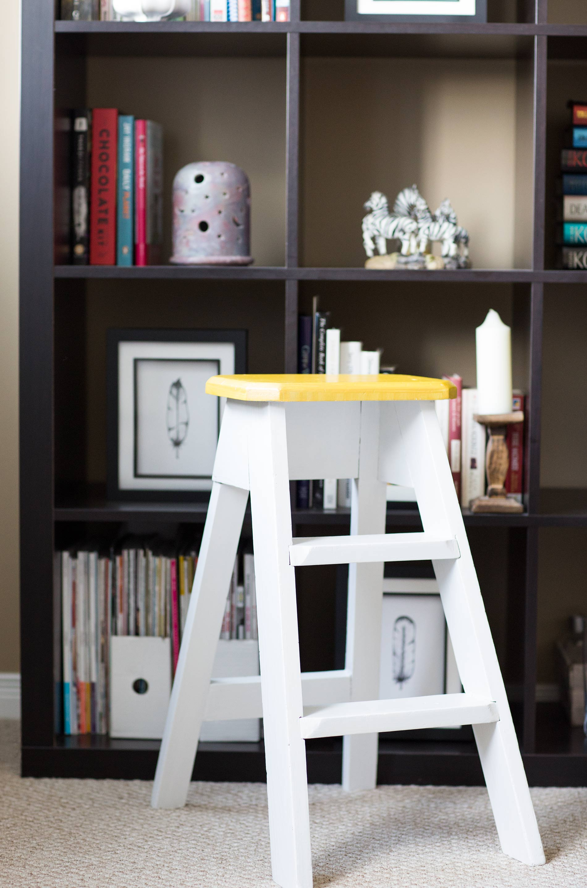 Step-Stool-Makeover-CIL-Furniture-Paint