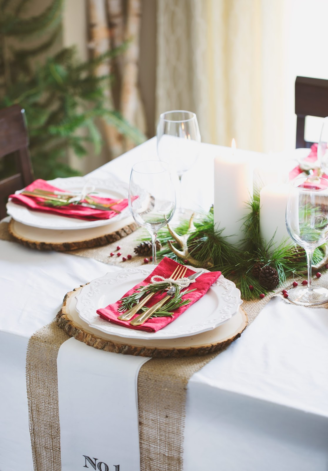 Holiday Table Decor for Leon's Hello Holiday Guide