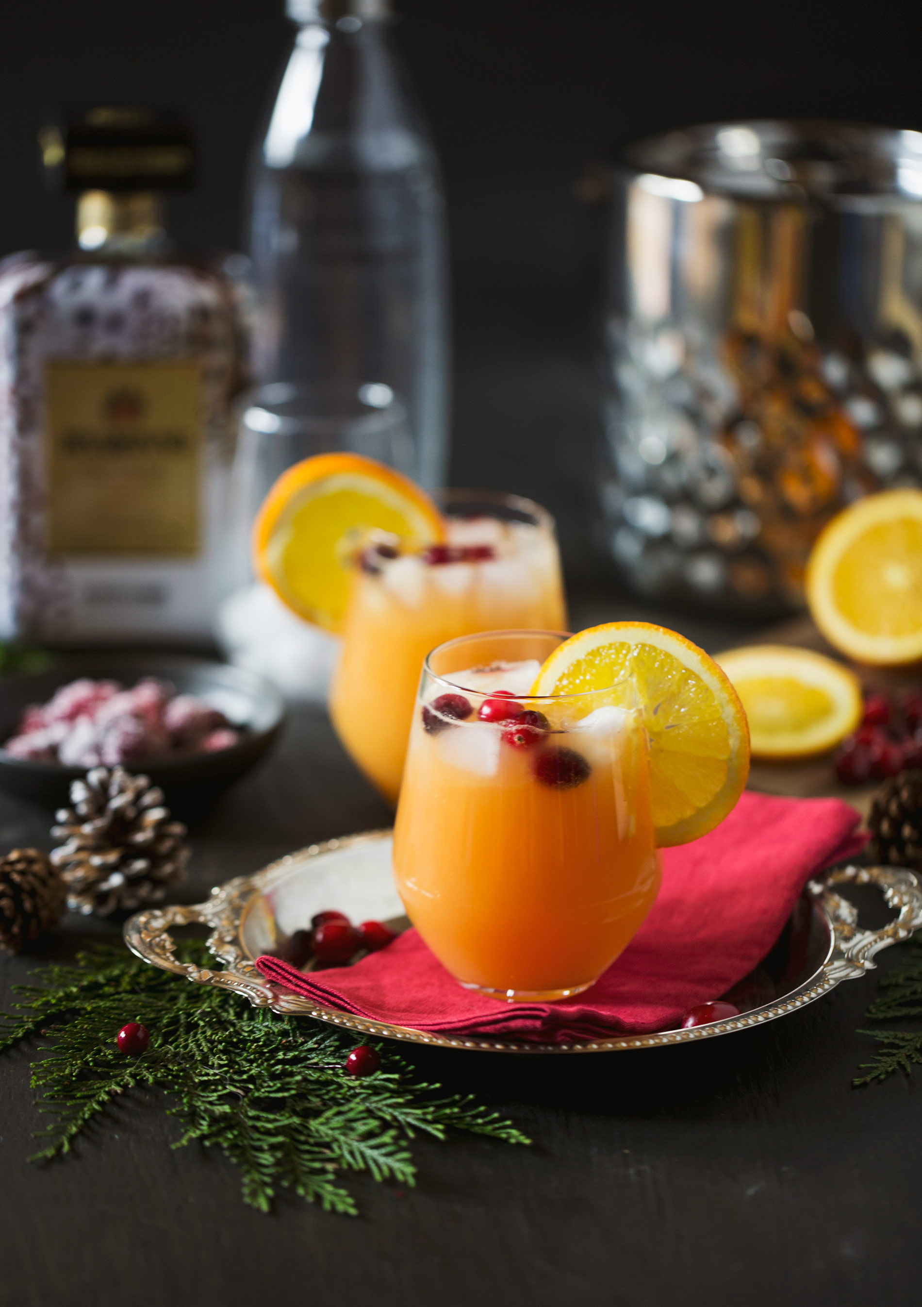 SodaStream Cranberry Christmas Cocktail with Disaronno