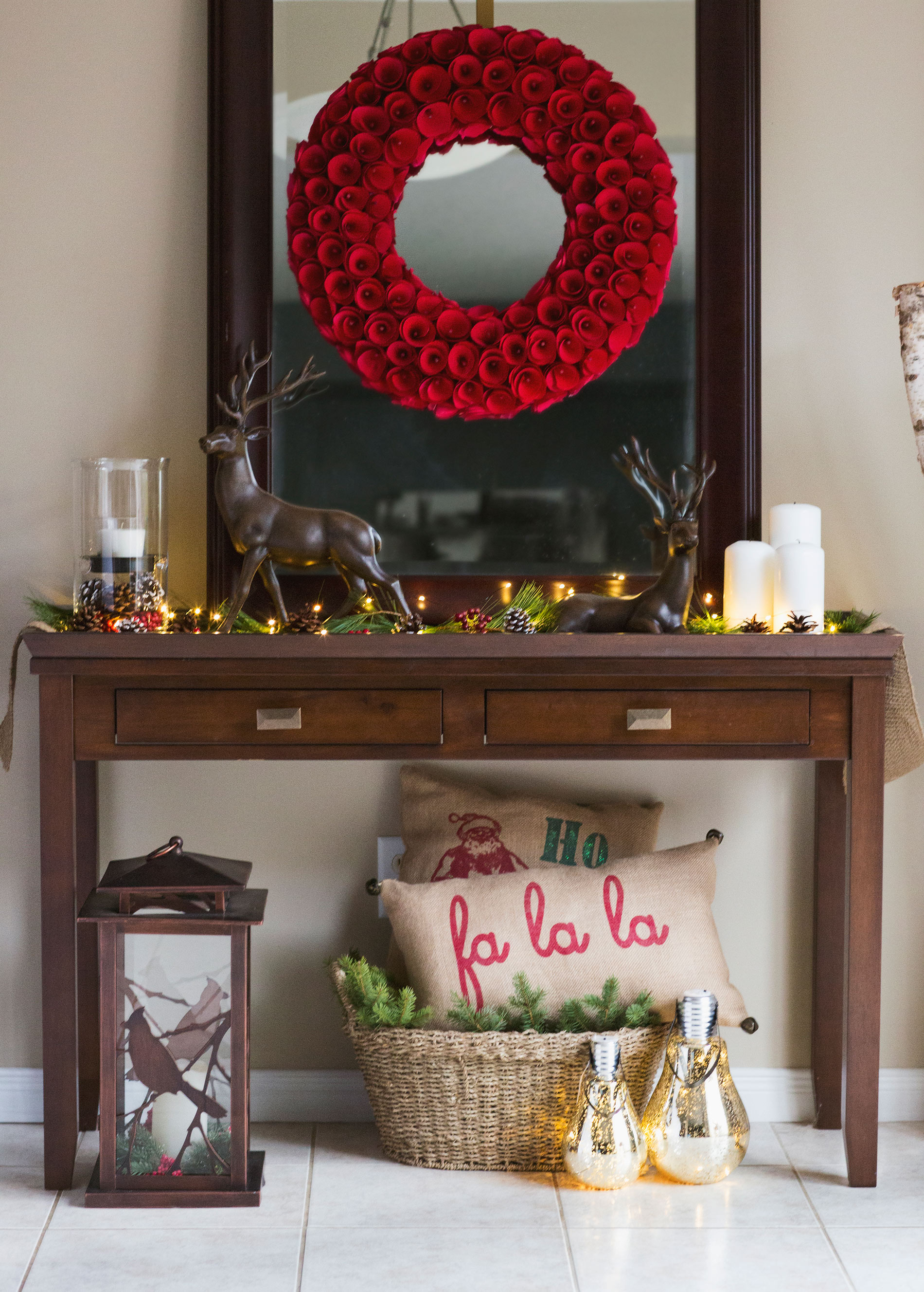 Deck the halls my christmas home tour brittany stager for Martha stewart home decor