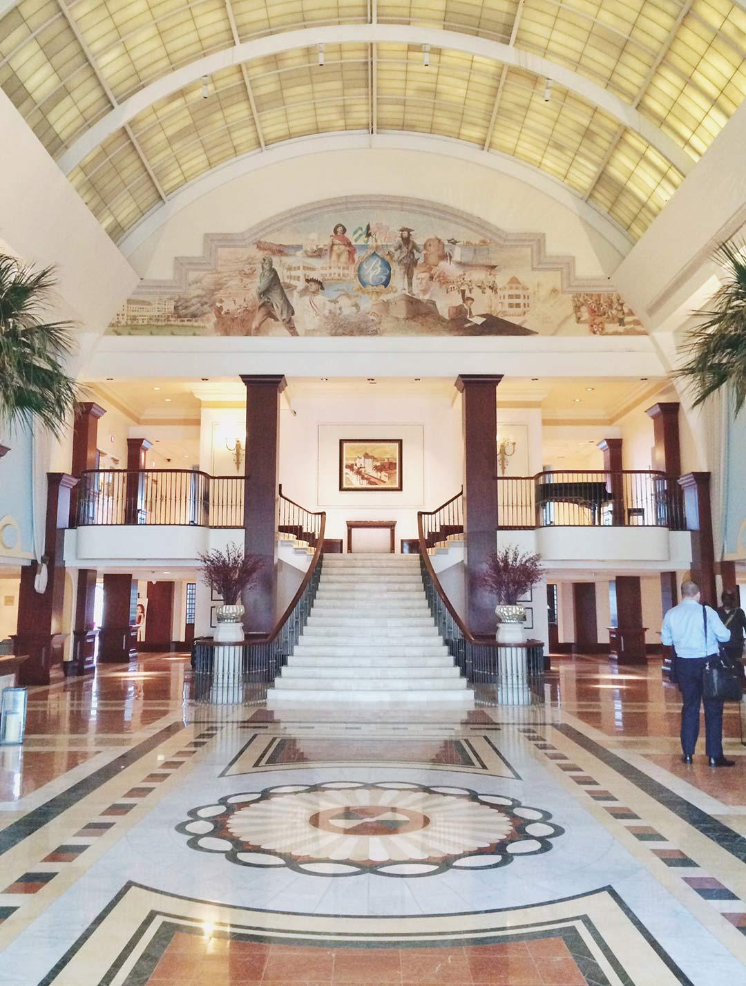 British-Colonial-Hilton-Nassau-Lobby