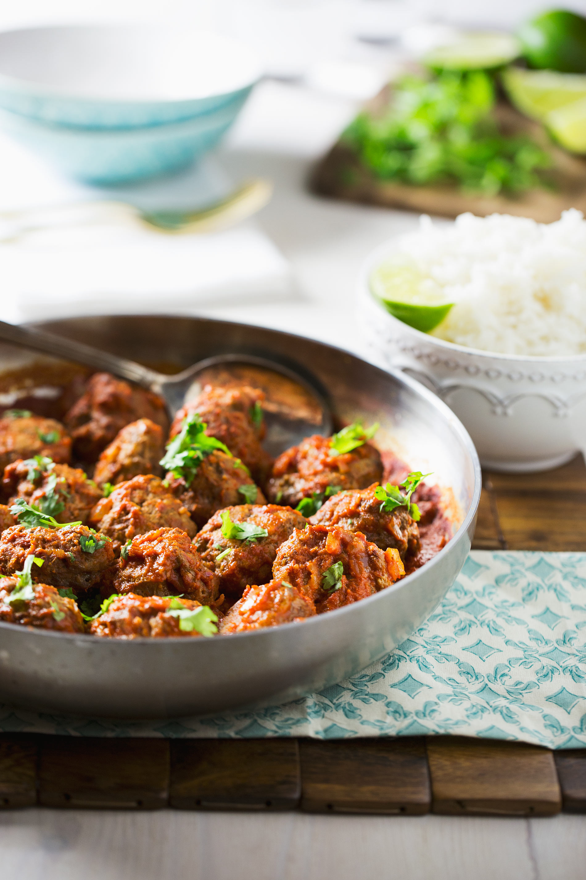 Red-Thai-Beef-Pork-Meatballs
