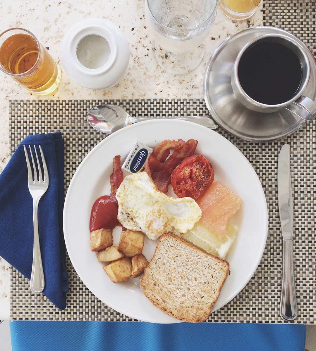 St-James-Club-St-Lucia-Breakfast