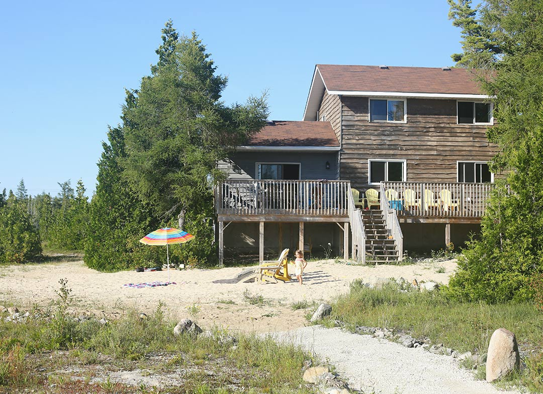 Miller-Lake-Cottage-Larsen-Cove