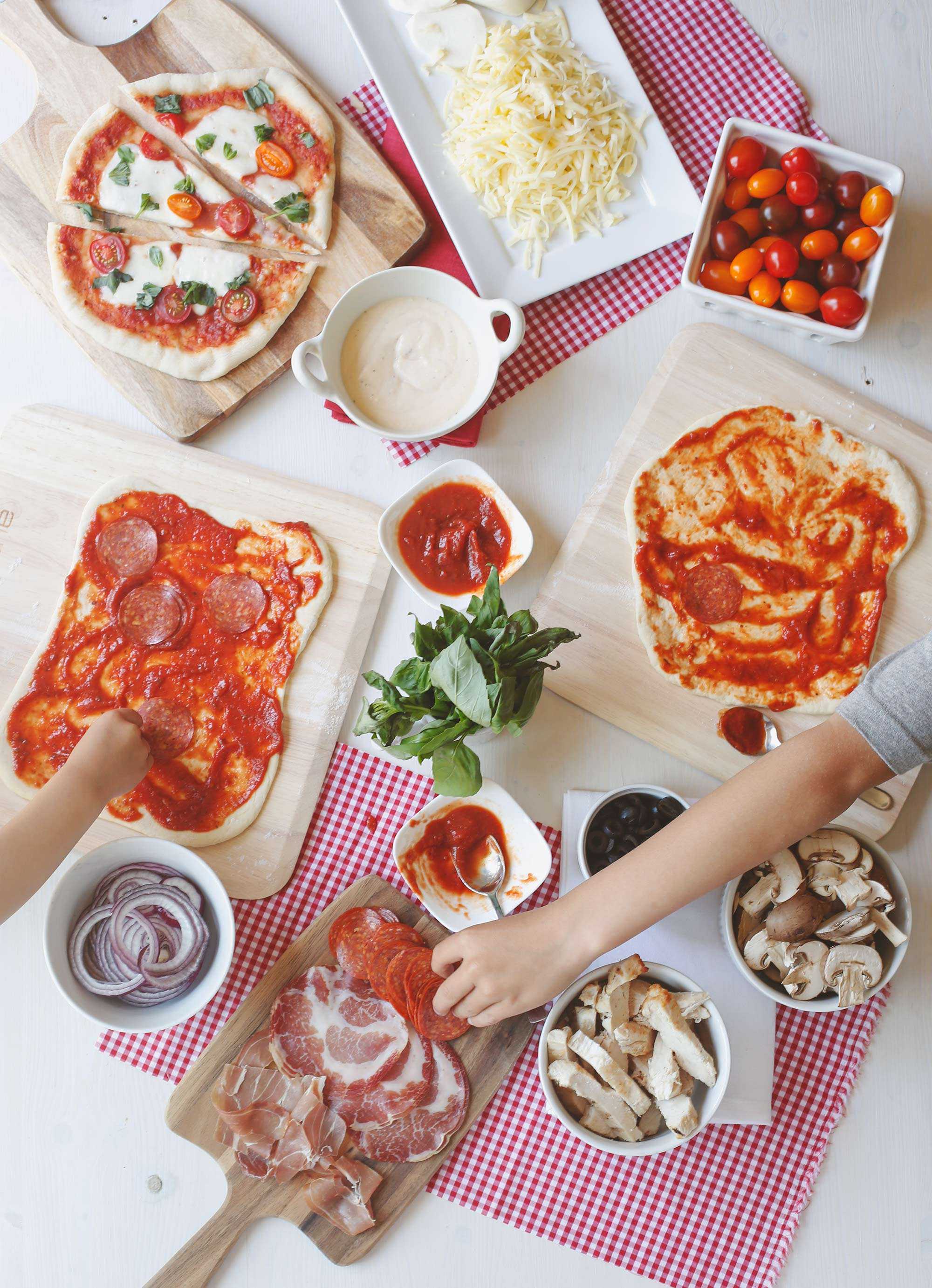 Pizza-Party-Adding-Toppings
