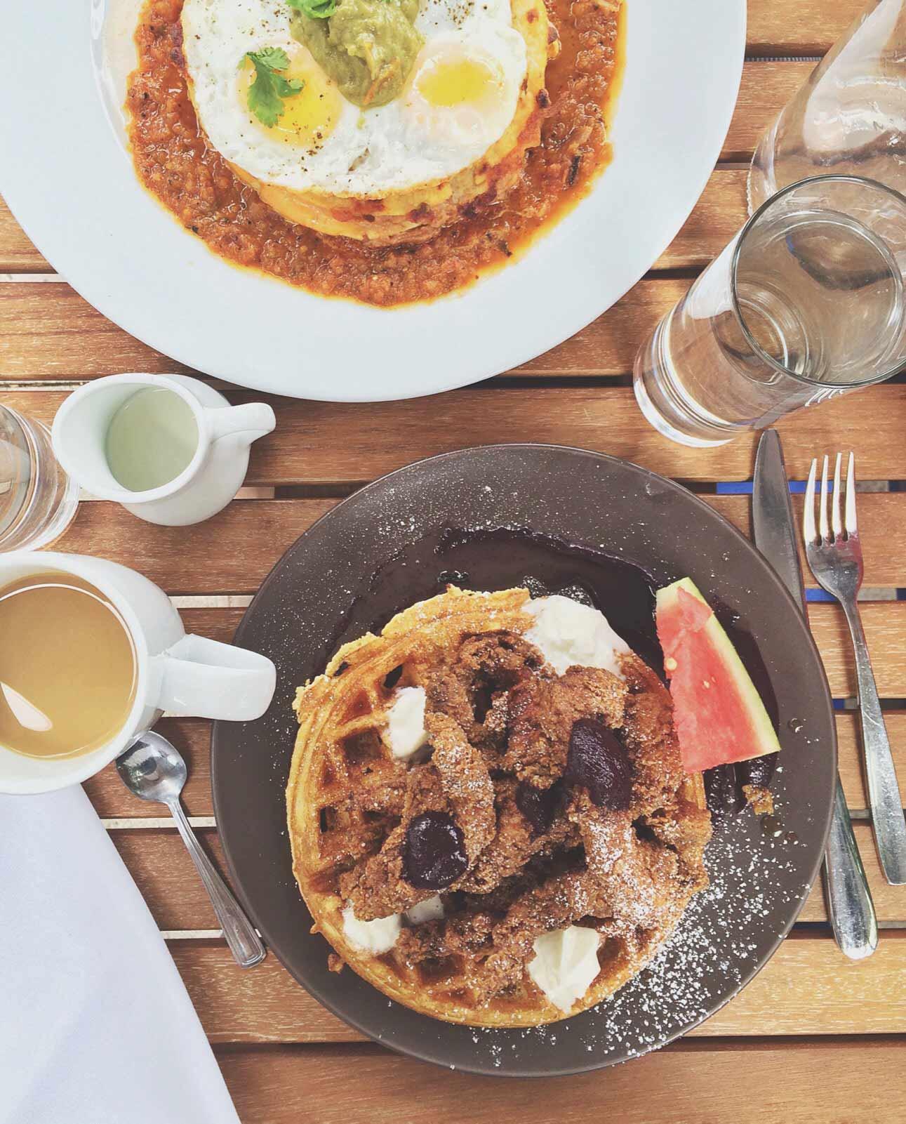 Belmont-Bistro-Chicken-Waffles