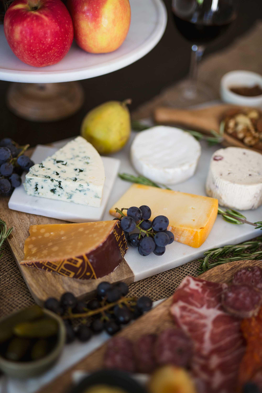 thanksgiving-charcuterie-board-cheese