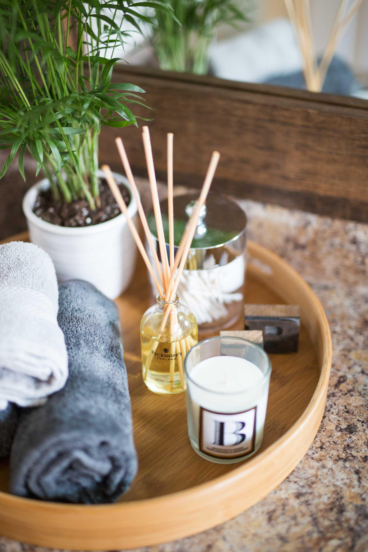 bathroom-refresh-diy-guest-tray
