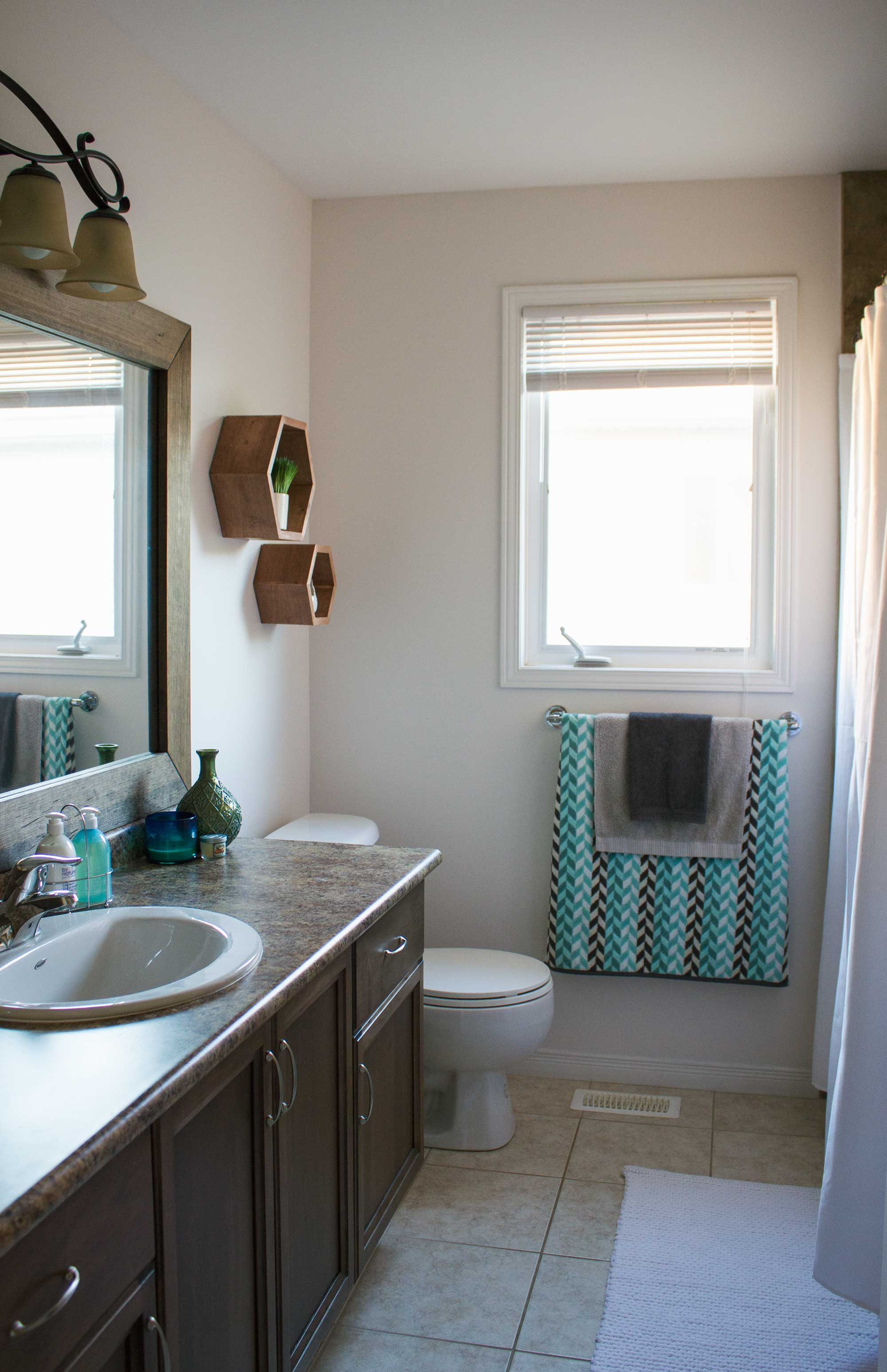 main-bathroom-refresh-diy