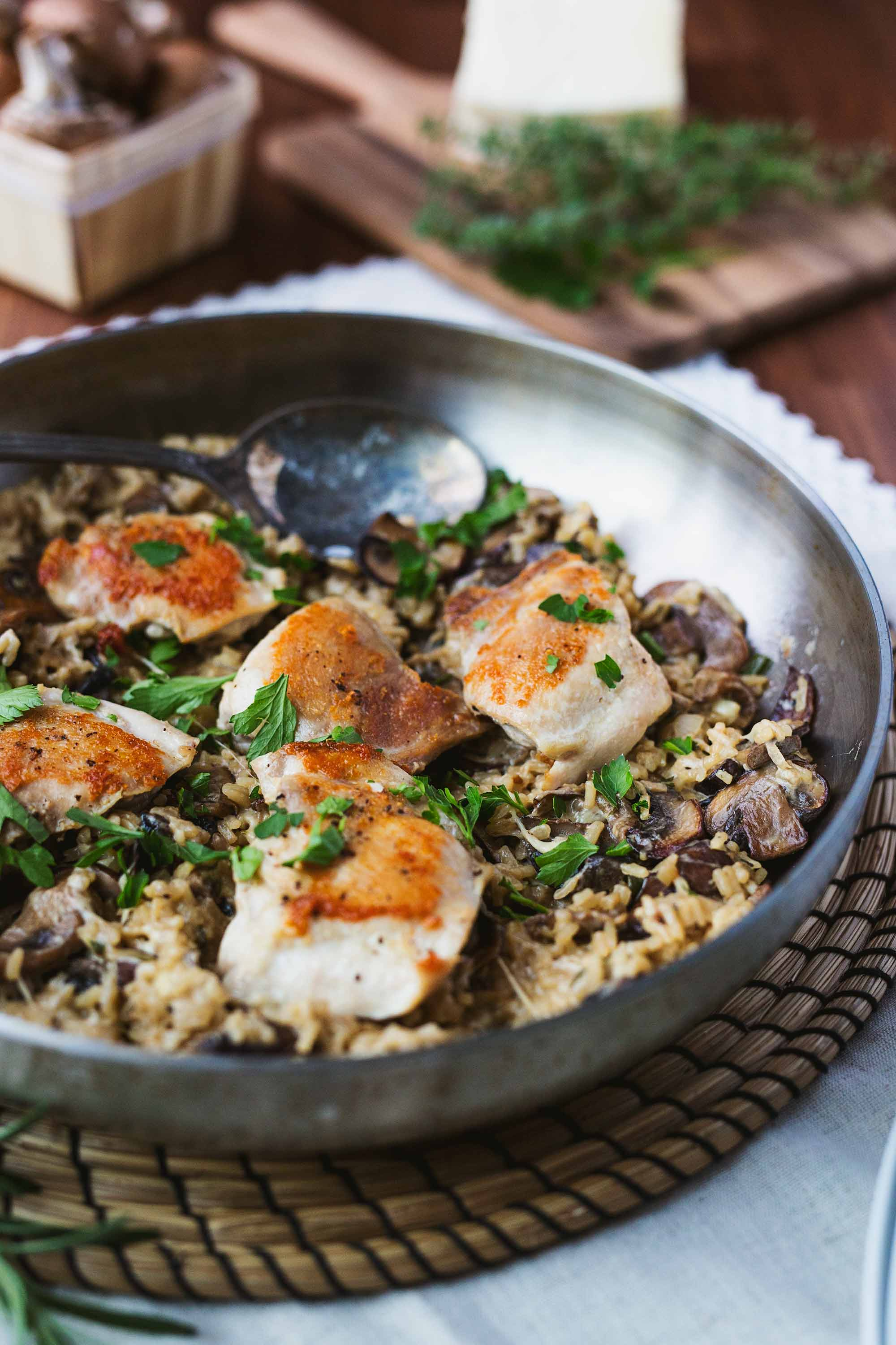 mushroom-minute-rice-chicken-thighs