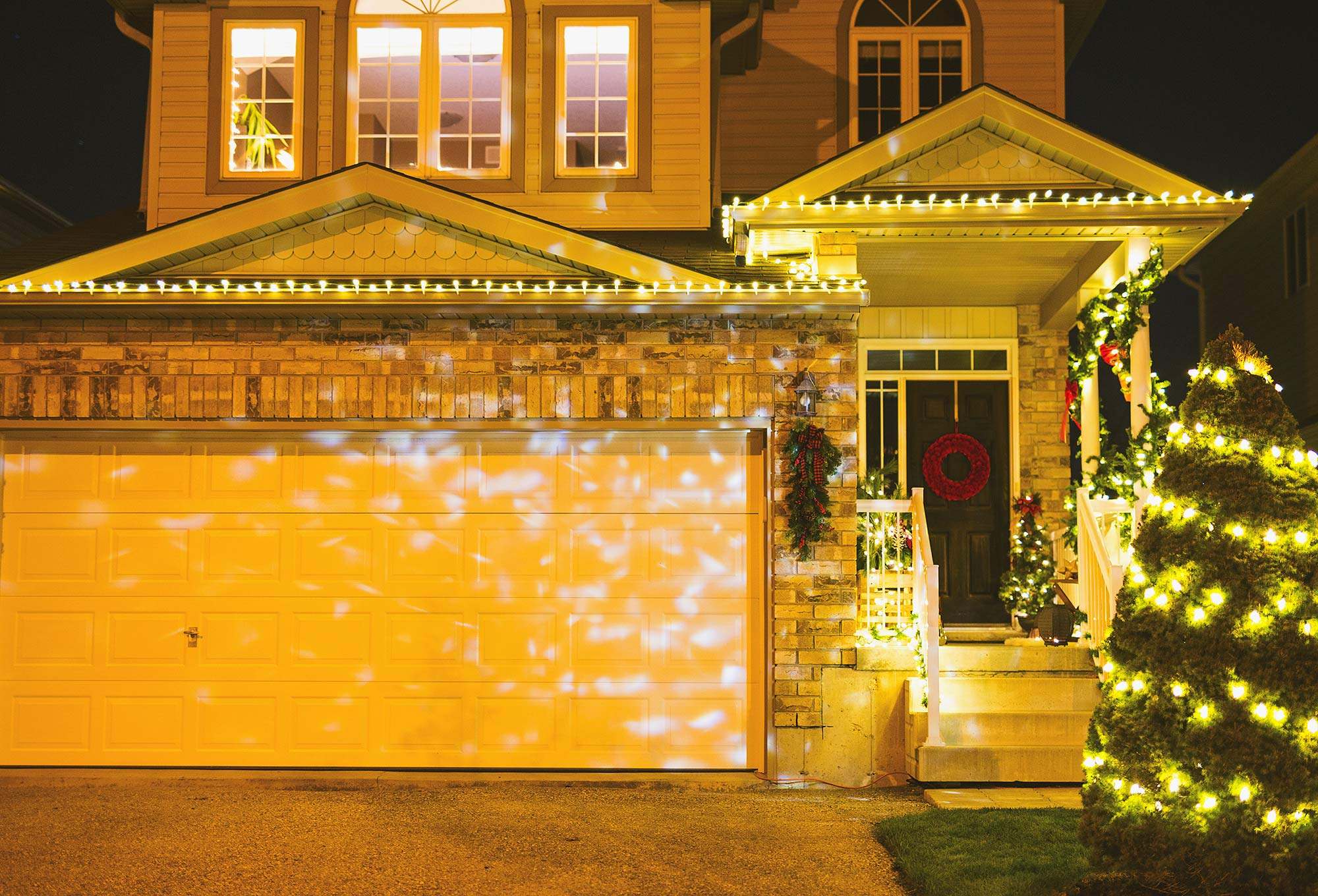 Christmas Light Decor with Home Depot Canada