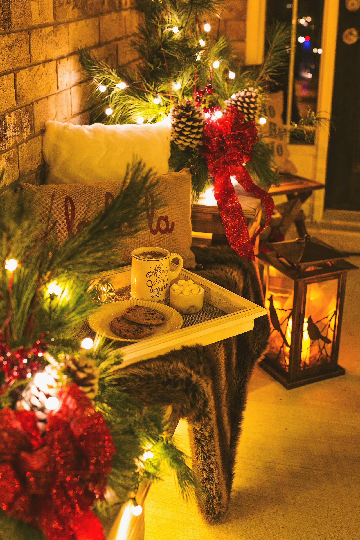 bench-planter-christmas-urn-decor