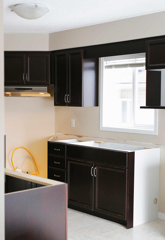 kitchen-reno-before-renuit