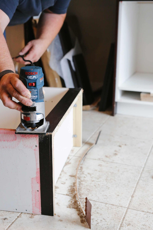 renuit-installing-pantry