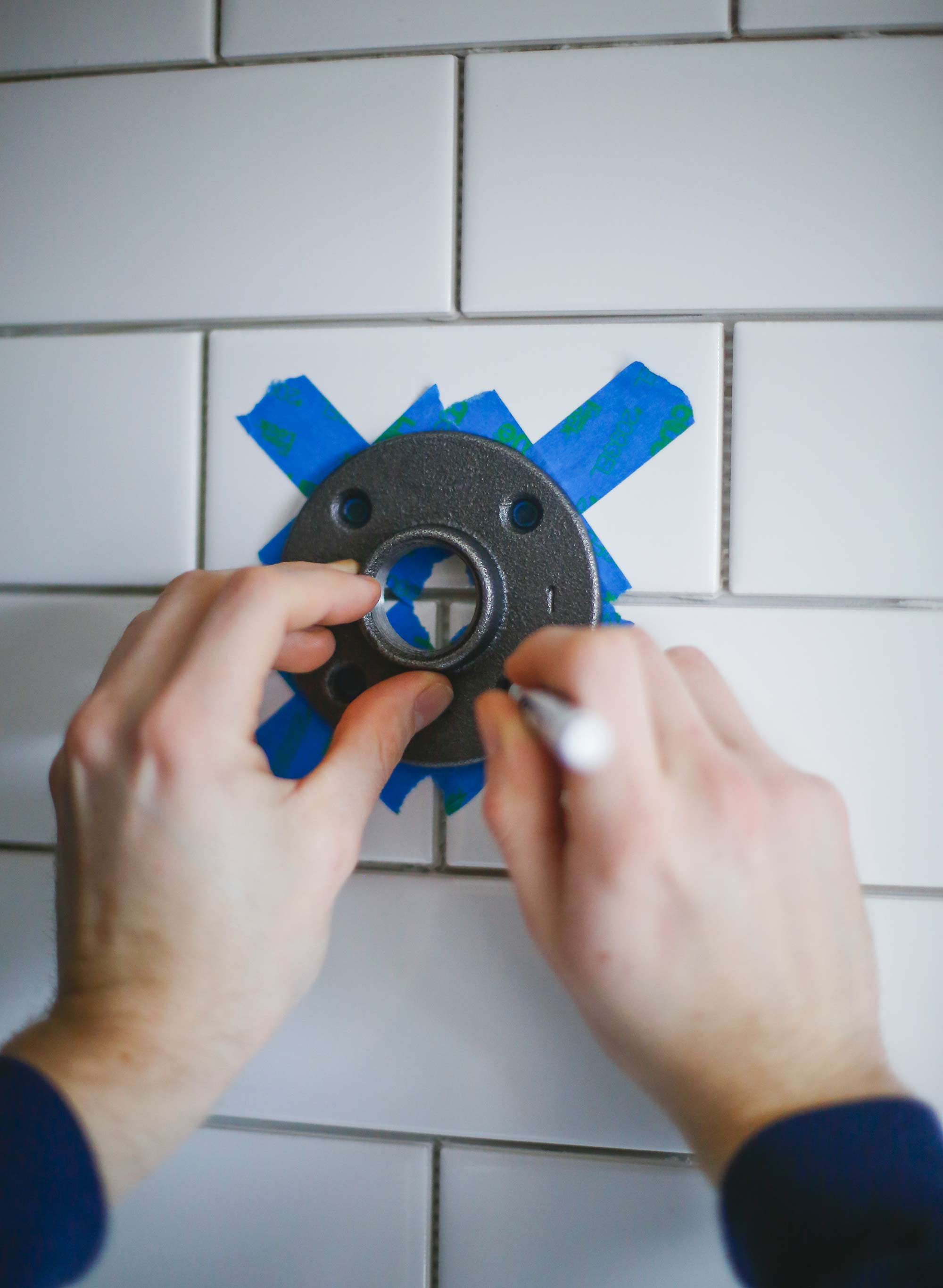 Installing Shelf Flanges by Marking Tile