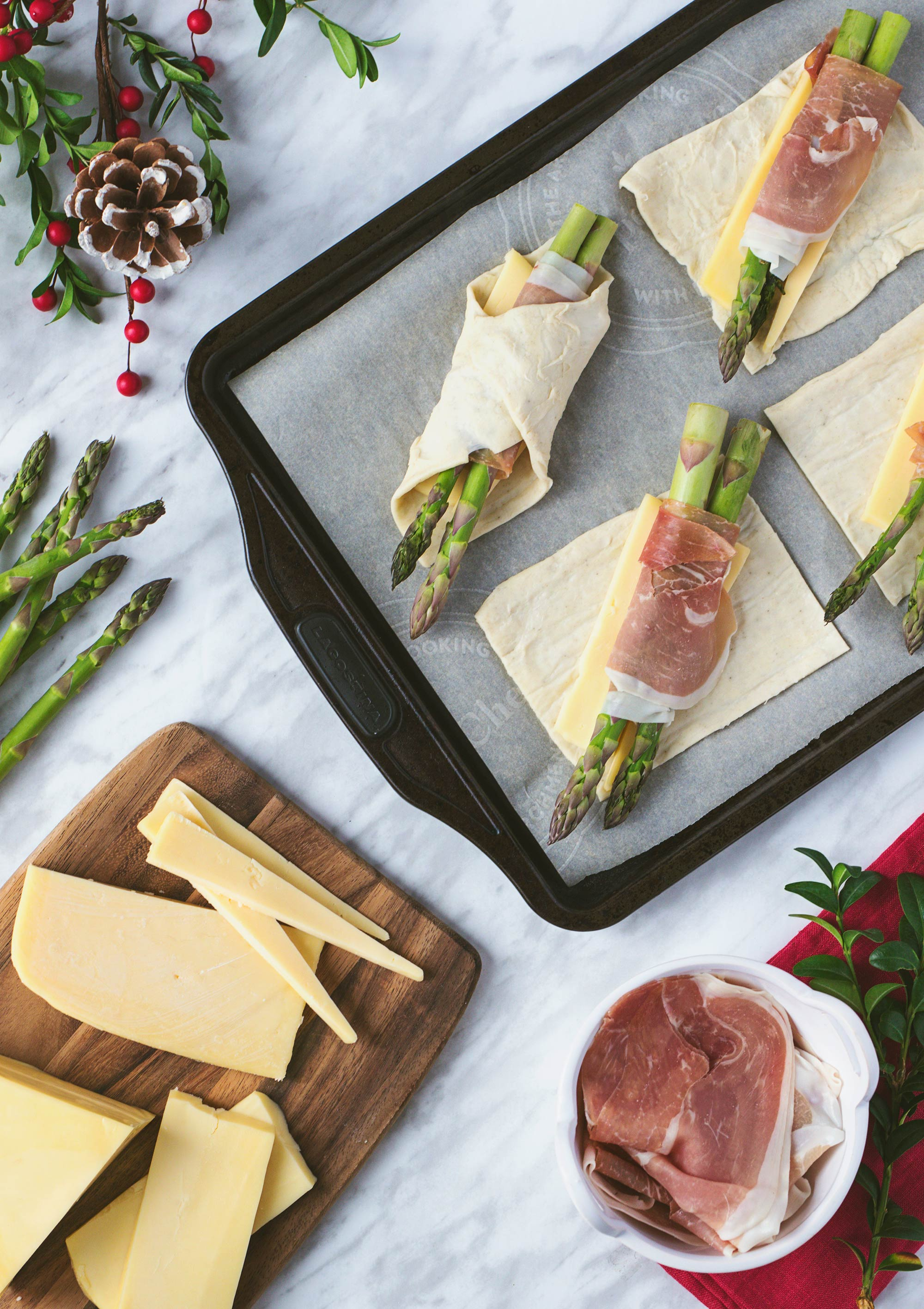 Pastry-Wrapped Asparagus with Prosciutto & Two Cheese