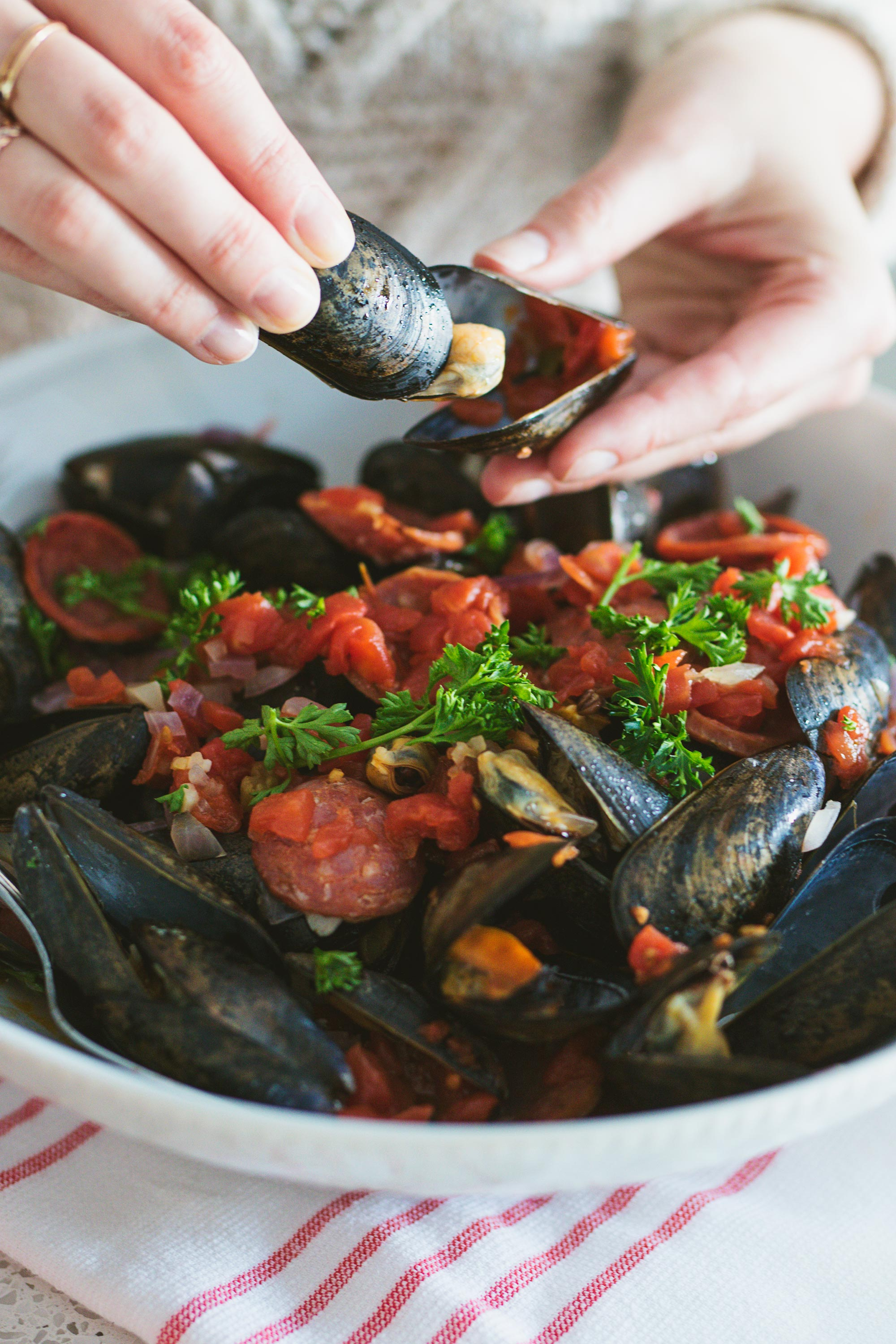 Eating Tomato, Chorizo & Wine Steamed Mussels