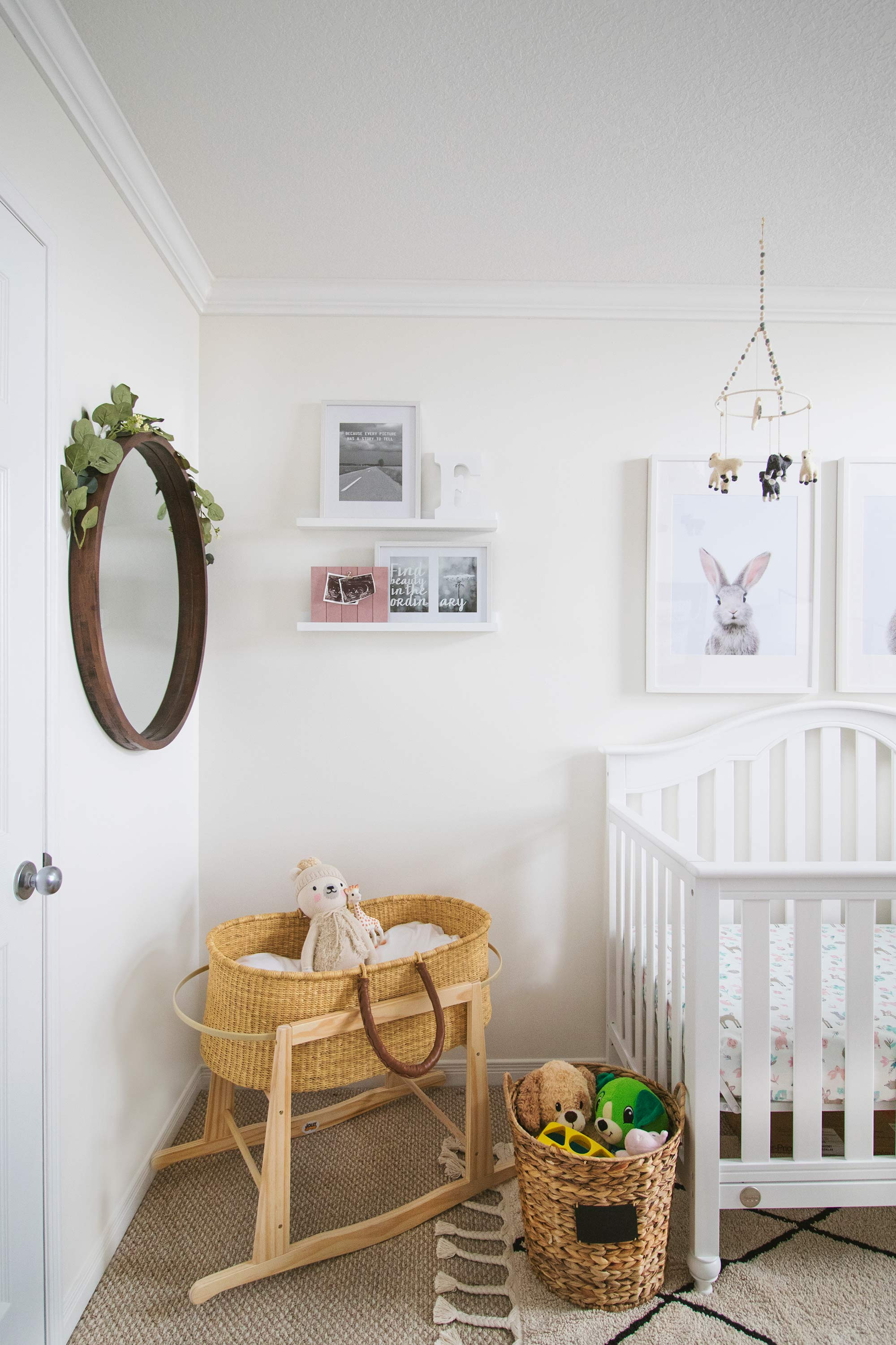 Decorating a Baby Girl Nursery