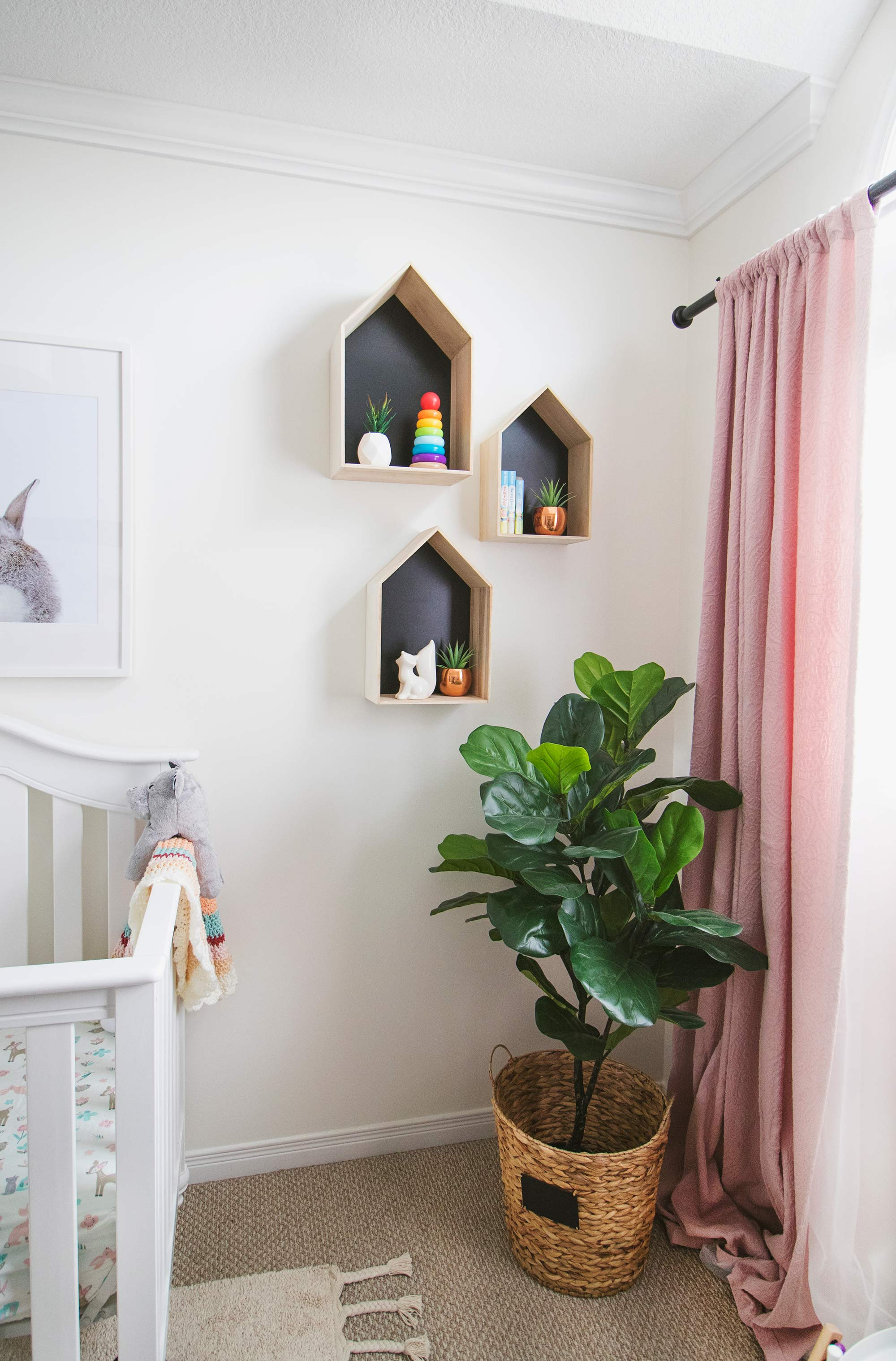 How to Decorate a Nursery for a Baby Girl