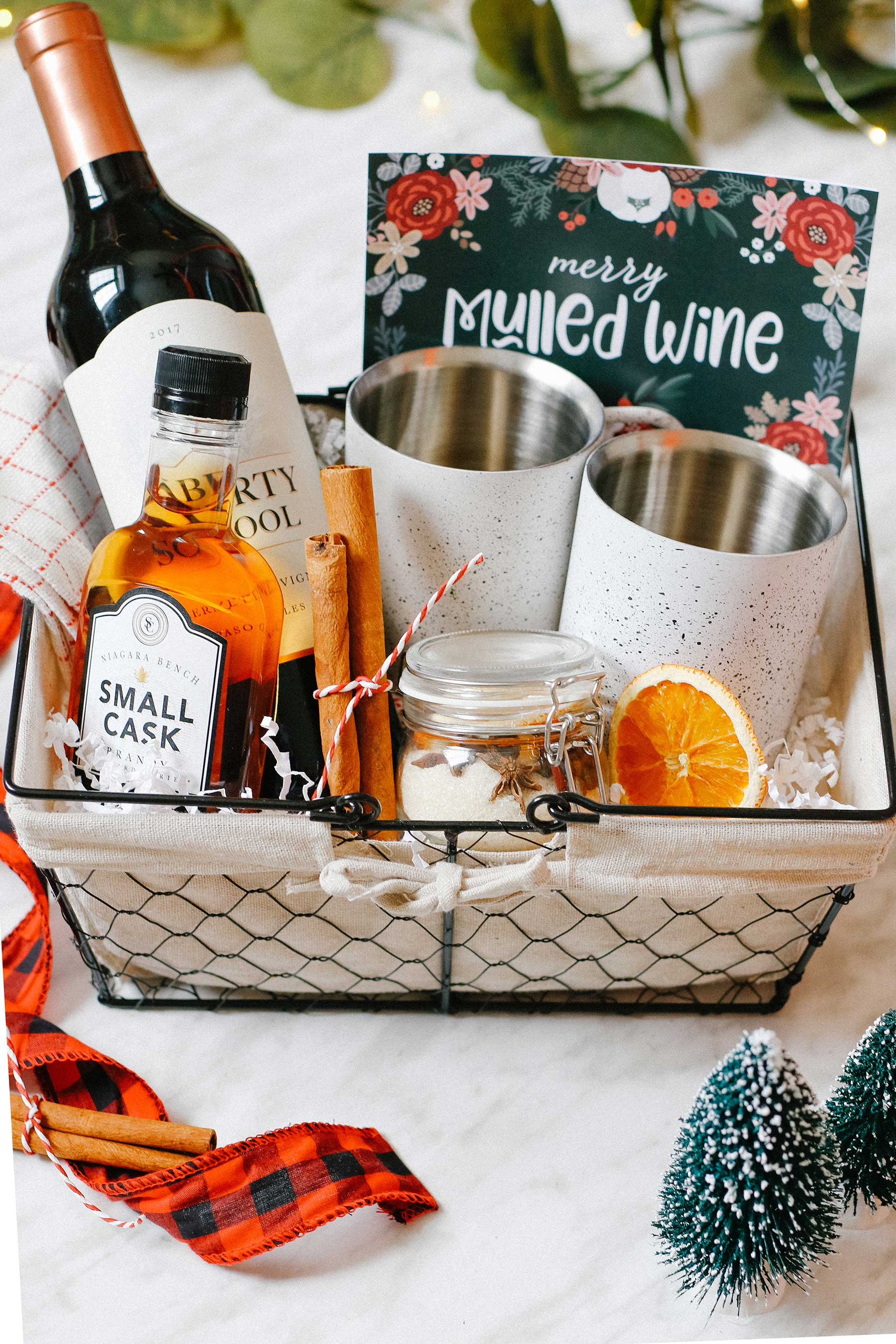 Holiday Mulled Wine Gift Basket DIY